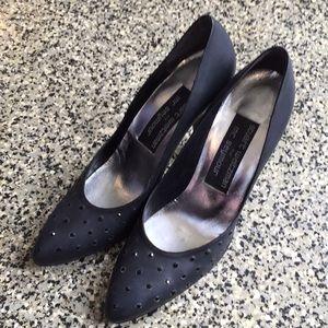 Stuart Weizmann 80s black matte stiletto heels